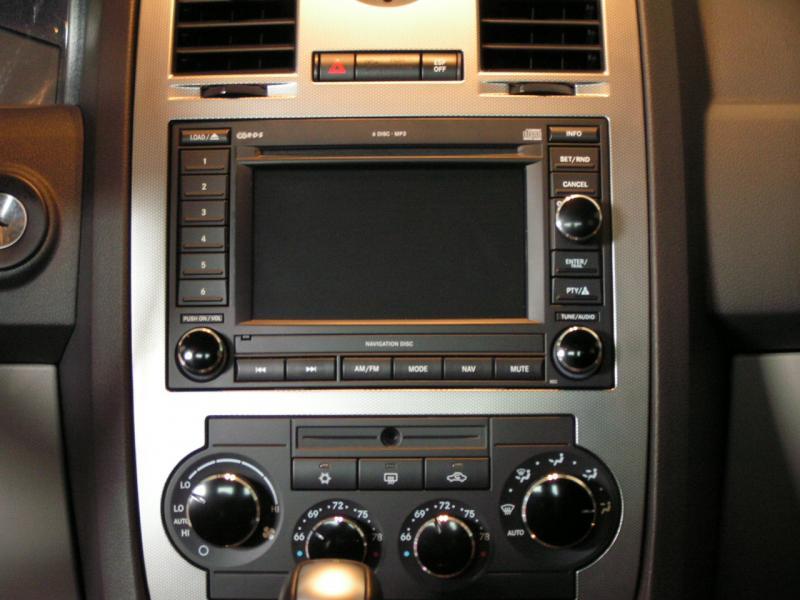 2006 Chrysler 300c Srt8 In Car Entertainment